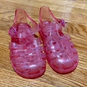 Gap kids neon pink jelly sandals, size 10